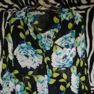 Love culture button clouse sheer floral size L